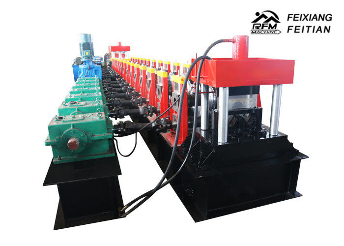 Easy Operation Highway Guardrail Roll Forming Machine With Hydraulic Cutting