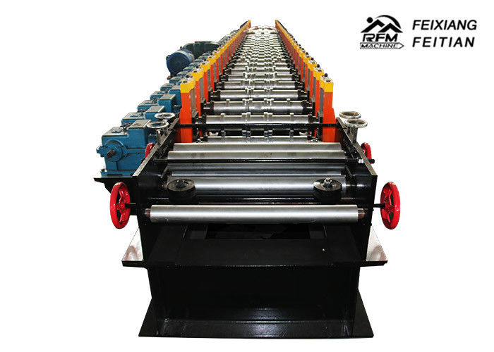 Reliable Sandwich Panel Roll Forming Machine / Heavy Truck Frame Machine For Container
